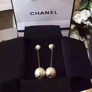Chanel pearly eardrops earrings